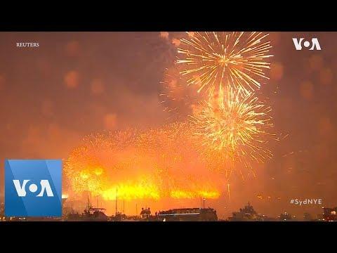 Australia celebrates 2019 with fireworks display