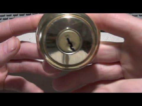 How to Disassemble and Remove the Cylinder from a Kwikset Door Knob ...