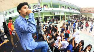 Semut Merah - Aw Aw Aw ( Supergirlies Cover )