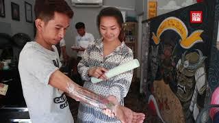 មុខរបរចាក់សាក់កំពុងត្រូវប៉ាន់ | Tattoo business booming