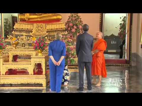 Obama, Clinton tour Thailand