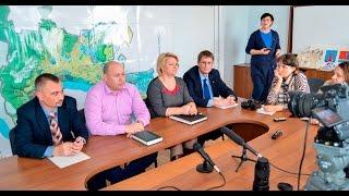 2016 Крым, Феодосия - Пресс-конференция. Отключение воды, спил деревьев, ремонт дорог