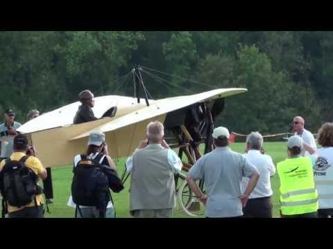 Bleriot XI - Hahnweide 2013 - engine start & takeoff & display & landing