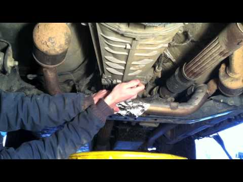 How To Change Manual Transmission Fluid Jeep Wrangler Unlimited Sahara JK 6 speed