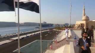 لحظة عبور أول سفينة فى قناة السويس بعد أفتتاحها رسميا