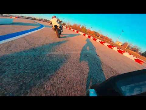 Yamaha TTR-125 crash and Grom close call tank slapper. United Mini Moto - BWI