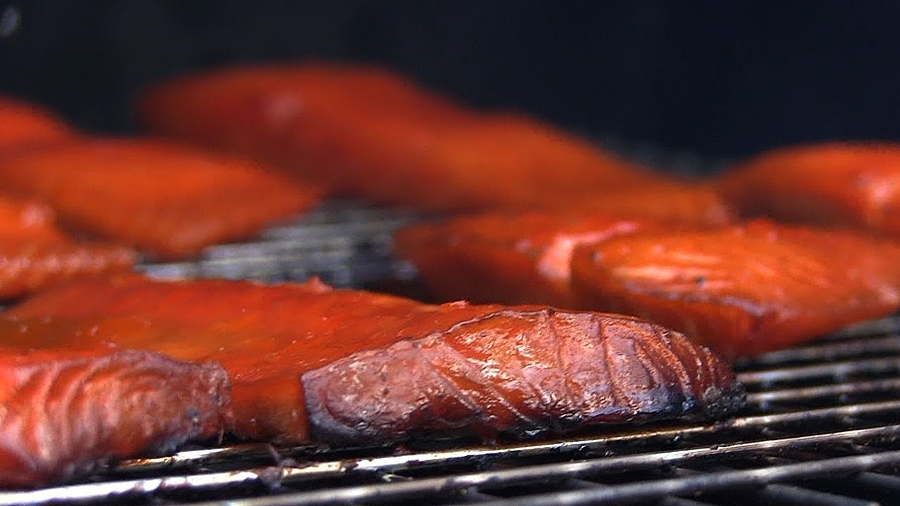 Smoked salmon recipe how to smoke salmon youtube for Best fish to smoke