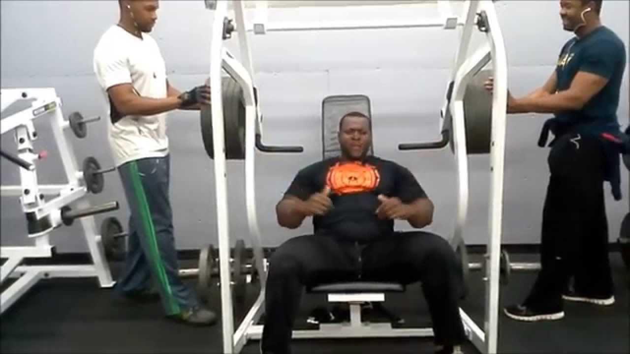 550 pounds for 2 reps shoulder press machine iron biby - youtube