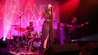 "Melanie Fiona Performing ""Bite the Bullet"" Live at Mist Harlem 5/15/15"