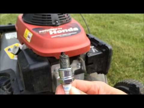 How to change or clean a spark plug on a push lawnmower mower Quick Easy  Craftsman Honda