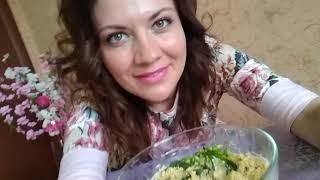 "Винтажная кухня: 70-е - салат ""Мимоза"" и торт ""Медовик"""