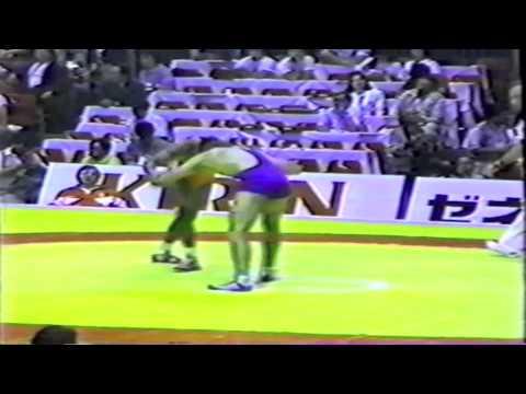 1990 Senior World Championships: 74 kg Alberto Hernandez (CUB) vs. Krzysztof Walencik (POL)