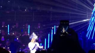 Kylie Minogue Kylie Christmas Come InTo My World Live At Royal Albert Hall 10th December 2016