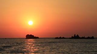 Video Le coucher de soleil aux îles sanguinaires download MP3, 3GP, MP4, WEBM, AVI, FLV Juni 2018