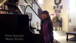 Let it go from the movie《Frozen》-played by Wenbo( 7 years old)