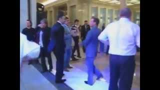 Под казахский хит танцует вся Россия