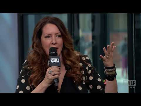 """Joely Fisher Discusses Speaks On Her Memoir, """"Growing Up Fisher"""""""