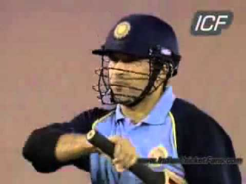 Sreesanth Takes Sachin Tendulkar Wicket