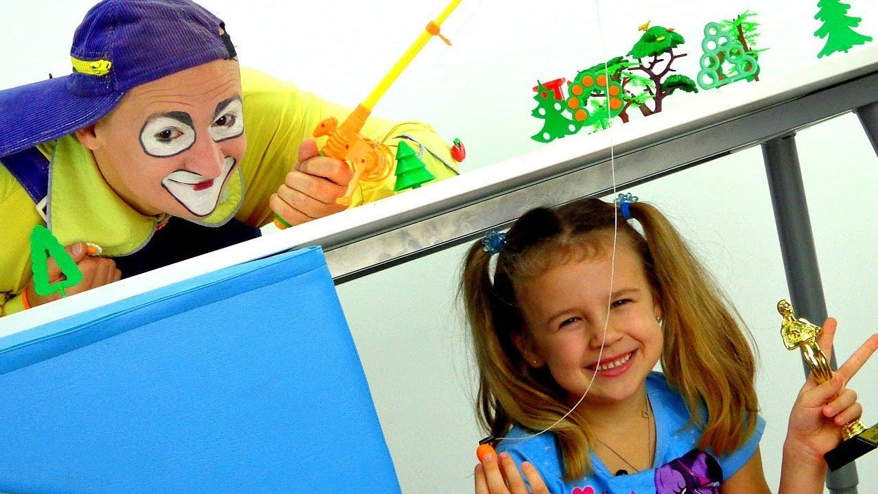 Una pesca RIDÍCULA 😂 Chistes, bromas para toda la familia Vídeos graciosos para niños. PAYASO Andrés