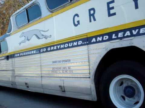 PD4501-771 GMC Greyhound Scenicruiser video#1