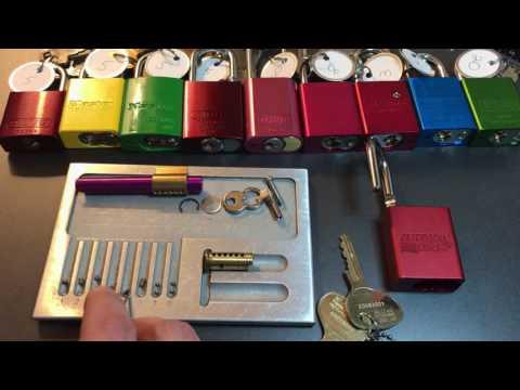 [328] 40mmAL Series:  American Lock 1100 (Edge Keyway) Picked And Gutted