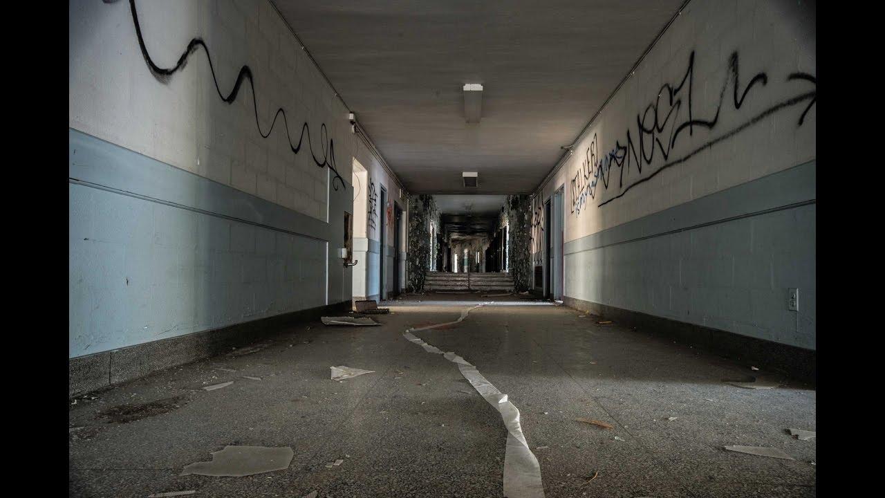 Abandoned elementary school