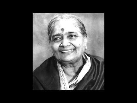 Smt DK Pattammal - Chakkani Raja- Ragam Kharaharapriya ,adi ,Thyagarajah