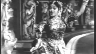 Raja Desingu (Tamil, 1960) - Paal Kadal Alaimele - Padmini Dance