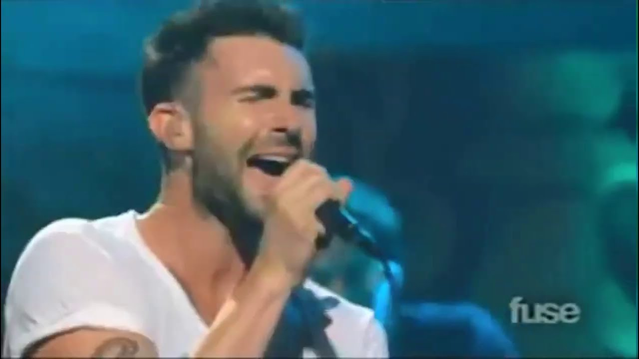 Maroon 5 - Don't Know Nothing (Live at The Beacon Theater/2010)