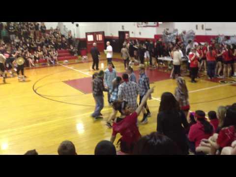 PLAINEDGE HIGH SCHOOL SPORTS DAY 2013 SQUARE DANCE