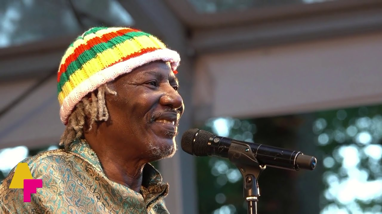 Alpha Blondy & The Solar System - Sebe Allah - AFH1073