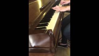 Metl l chajar mazrou3in-متل الشجر مزروعين-Hiba Tawaji. Piano cover by Celine Sawalhi