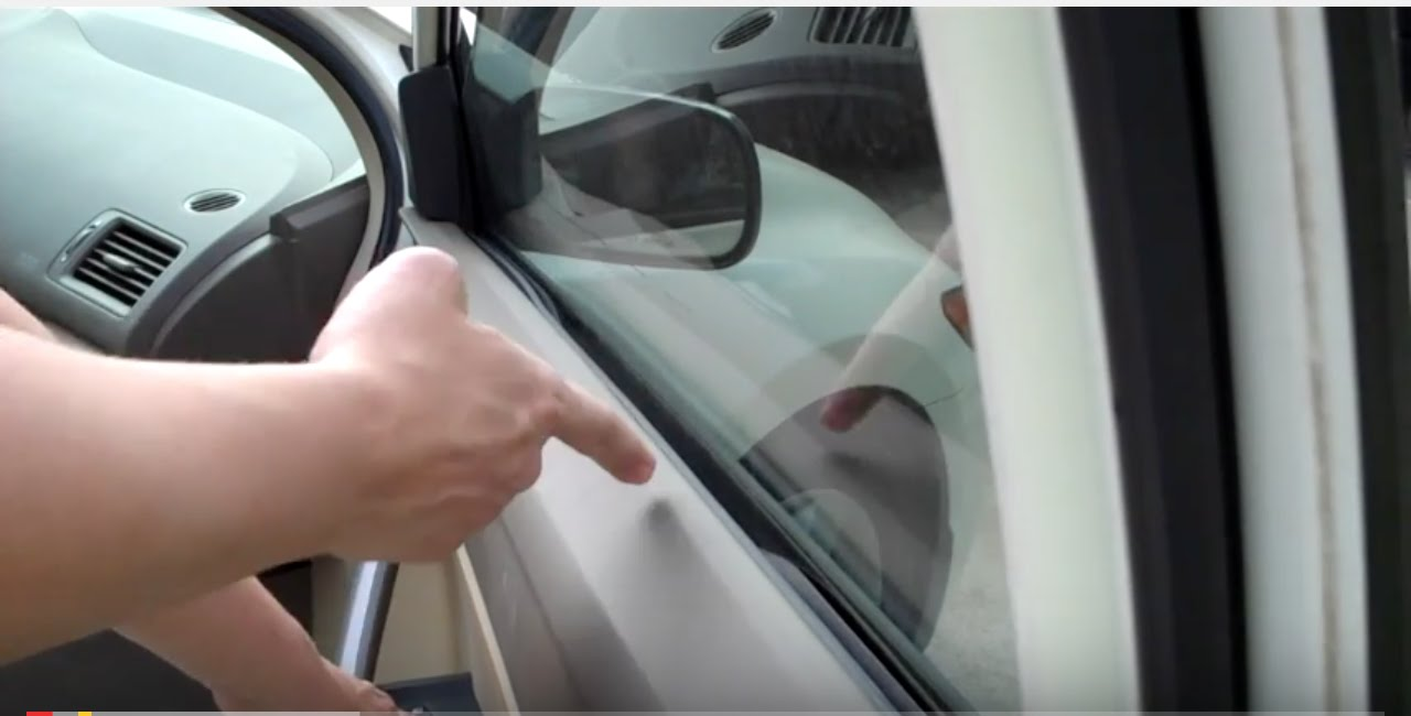 Civic window fix inside rubber sticking youtube sciox Images