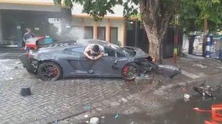 Detik-detik Insiden Lamborghini Maut di Surabaya