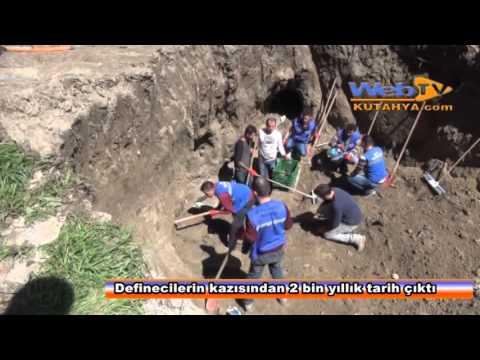 kütahyada definecilerin kazısından 2 bin yıllık mezar çıktı
