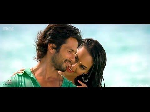 Dhokha Dhadi Song ft. Shahid Kapoor ...