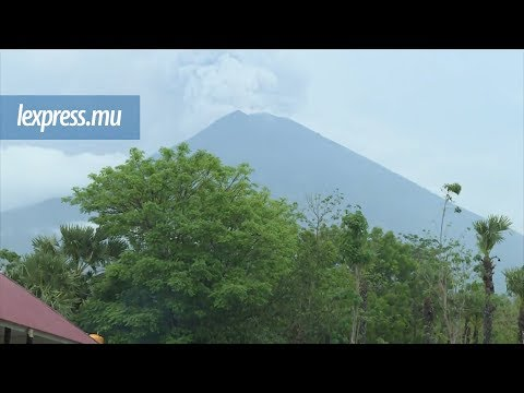 Bali/volcan: les centres d'hébergement se remplissent