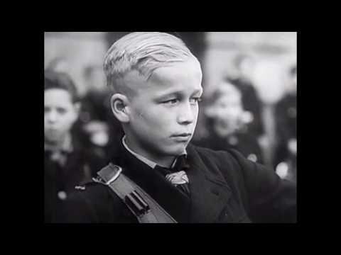 【左右视频】希特勒的少年敢死队为何甘愿做炮灰?