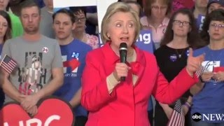 Hillary Clinton goes blank, forgets what she