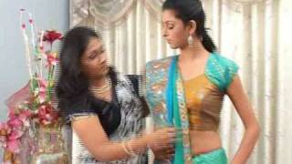 How to Wear a Saree Video