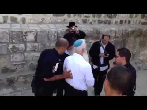 Prayer on the Temple Mount: A Moving Glimpse