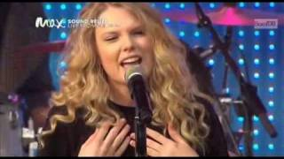 Taylor Swift - You Belong With Me  Sound Relief Full Peformance