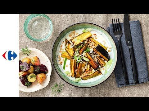 aubergine-grillée,-salade-de-grenailles-et-betteraves-rouges,-sauce-au-yaourt