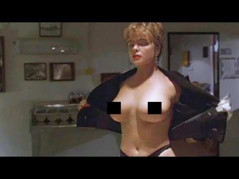 Erika Eleniak TOPLESS  in