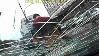 Брест: водитель Toyota сбил велосипедистку(Видео ГАИ Бреста Подробности - http://auto.onliner.by/2013/07/05/dtp-3889/ Подписывайтесь на уютный паблик в ВК: http://vk.com/onliner..., 2013-07-05T05:29:29.000Z)