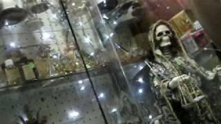 Santa Muerte en el mercado de Sonora Mexico DF