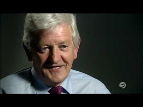 Download Dirty Money - Episode 3 - The Gilligan Gang & the murder of Veronica Guerin