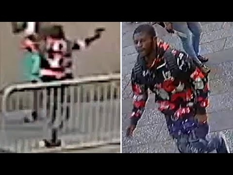 Times Square shooting: Video of Alleged Gunman After Tourist Shot