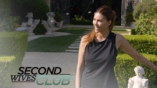 "Shiva Safai Sets Up Camp on ""Second Wives Club"" | E!"