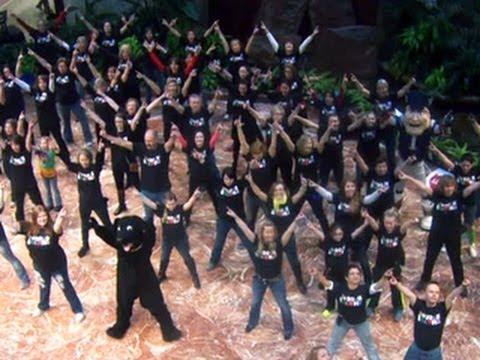 Flash mob celebrates Boston marathon bombing survivors